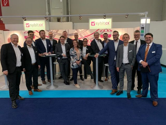 Das NTT DATA Business Solutions-Team mit unseren Kollegen der Sybit.