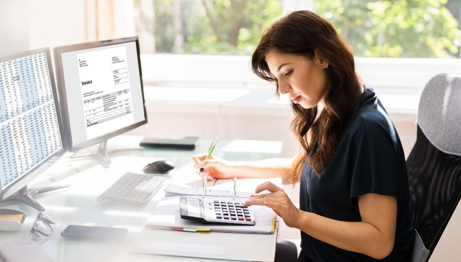 woman working in computer