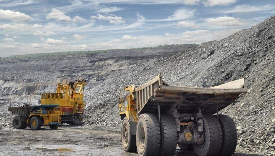 trucks in mining site