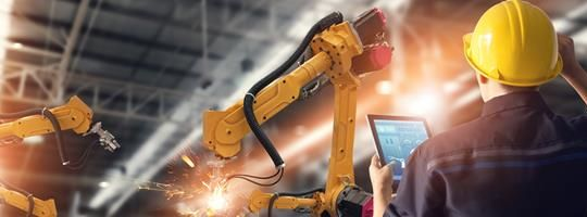 How to Advance Digital Transformation in the Industrial Manufacturing Industry
