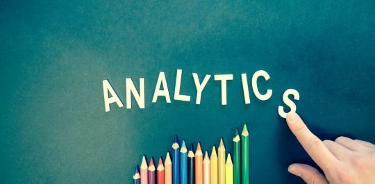 The modern analytics platform meets many of the modern analytics challenges while providing real-time data