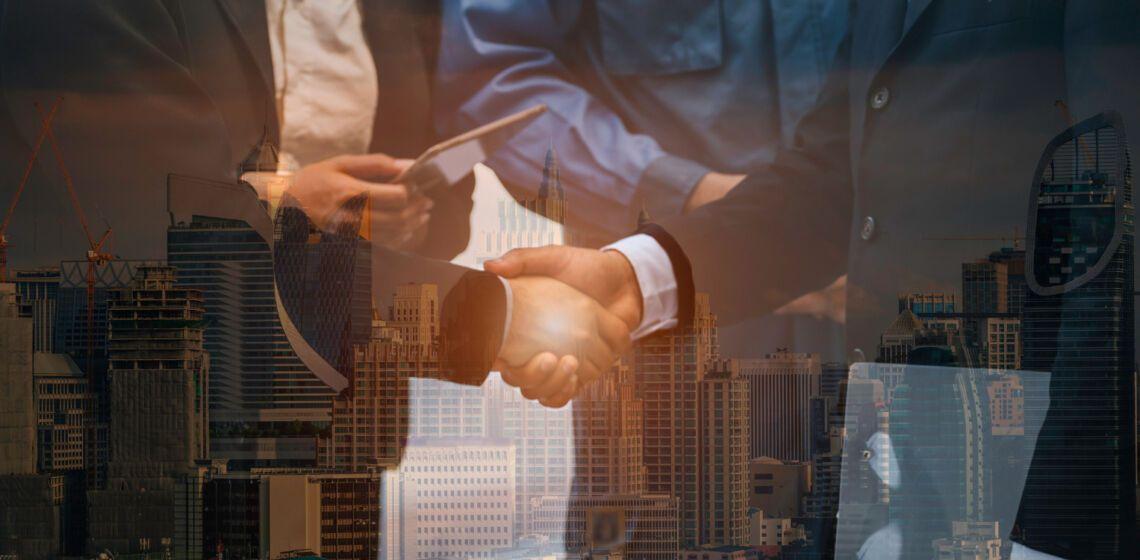people-handshaking-corporate