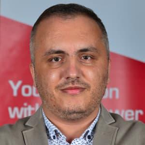 Mustafa Sadık